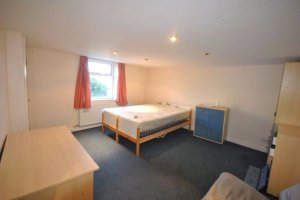 Huddersfield Student Housing